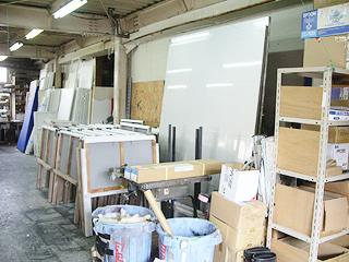 豊橋の看板屋さんの看板製作工房の写真4